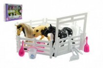 Kůň 2ks s ohradou a doplňky plast - mix barev