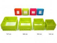 vykrajovátko cukroví ČTVEREC plastové, sada 4díl. - mix barev